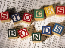 Stocks vs. Bonds : Differences and Risks