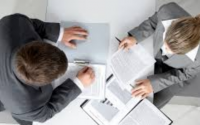 Choosing The Right Financial Advisor For Your Business